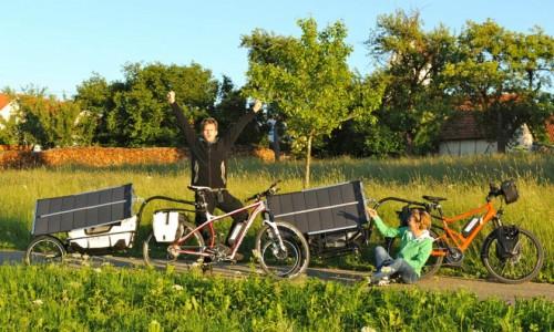Elektromos kerékpárok napelemes töltéssel