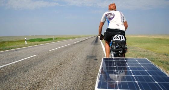 Napelemes ebike-on Kazahsztánba