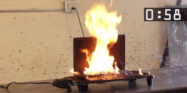 lítium laptop tűz